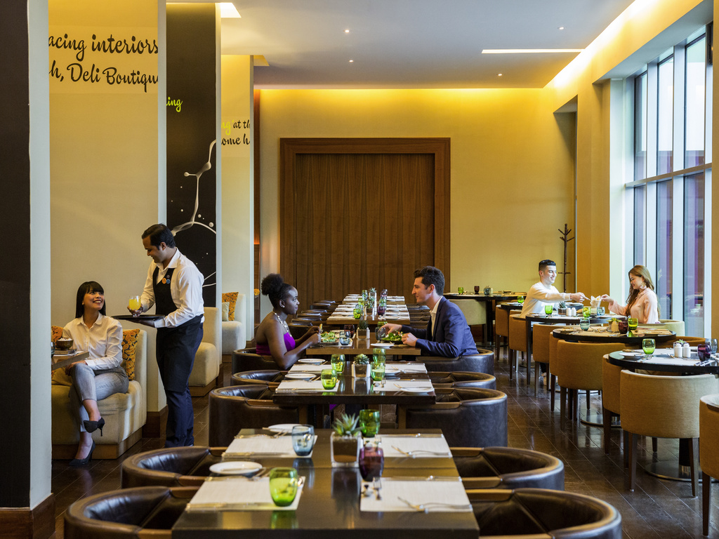 Restaurant Keuken & Deli Deli Boutique Dubai Restaurants By Accorhotels