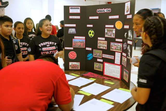 Club Fair held in Dining Hall