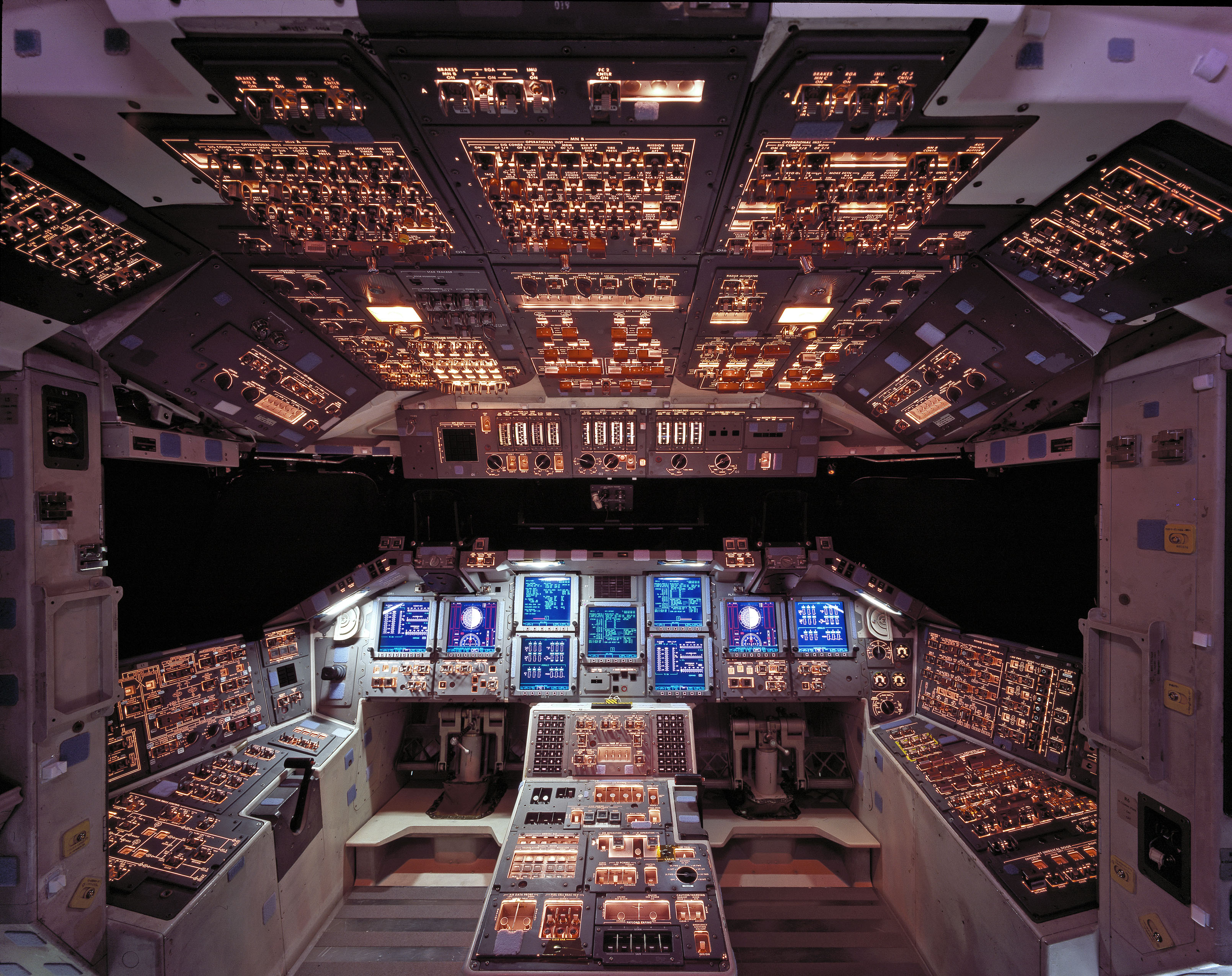 Wallpaper Falling Off Wall Space Shuttle Columbia Cockpit