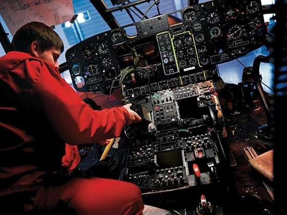 Airplane Avionics 10 Best Paid Jobs In Aviation « Free Airplane Games