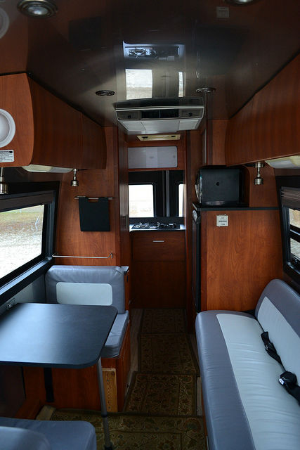 Kitchen Units For Sale 2005 Airstream Interstate 22 - Wisconsin