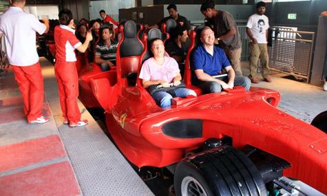 ferrari world formula rossa 01 Formula Rossa   Viel Lärm um nichts, oder doch eine geniale Bahn?