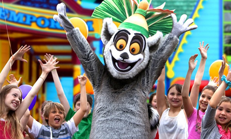 Dreamworld 2012 Madagascar King Julien Dreamworld   Shrek und seine Freunde erobern Australien
