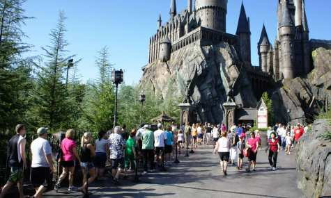 oi harry potter world 2011 forbidden journey locker line 775 475x285 Wizarding World of Harry Potter   Eine Fehlplanung?