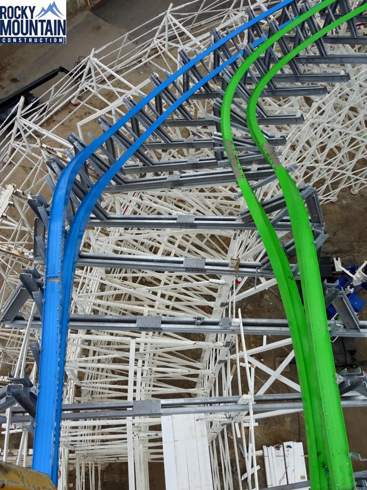 Verdrehte Welt   Twisted Colossus nimmt Form an