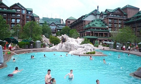 Silver Creek Springs Pool Disneys Wilderness Lodge Plantschen mit Mickey Mouse – die besten Pools der Walt Disney World Resort Hotels
