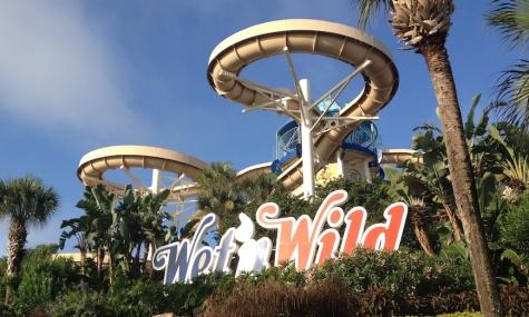 wet n wild sign and slide Ausgerutscht   Wet'n Wild Orlando schließt Ende 2016