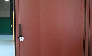 puerta acústica 44 db