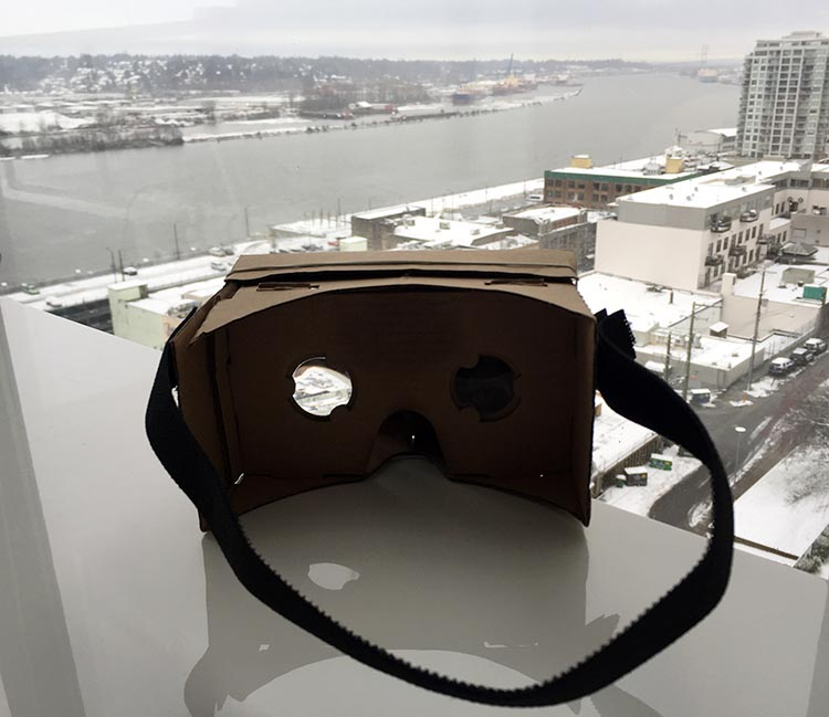 Discover new worlds with your Google Cardboard!