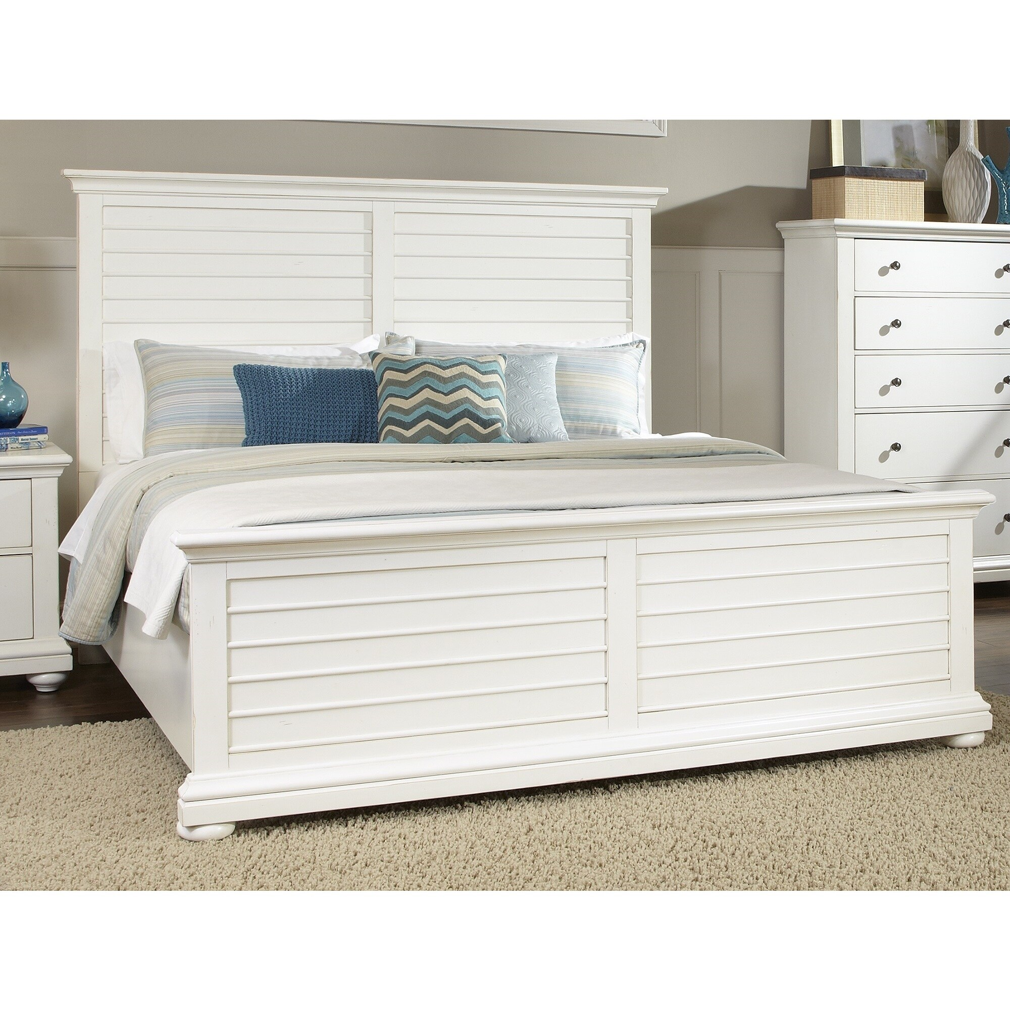 Huntington Bedroom Furniture Huntington Casual Panel Bed By Greyson Living