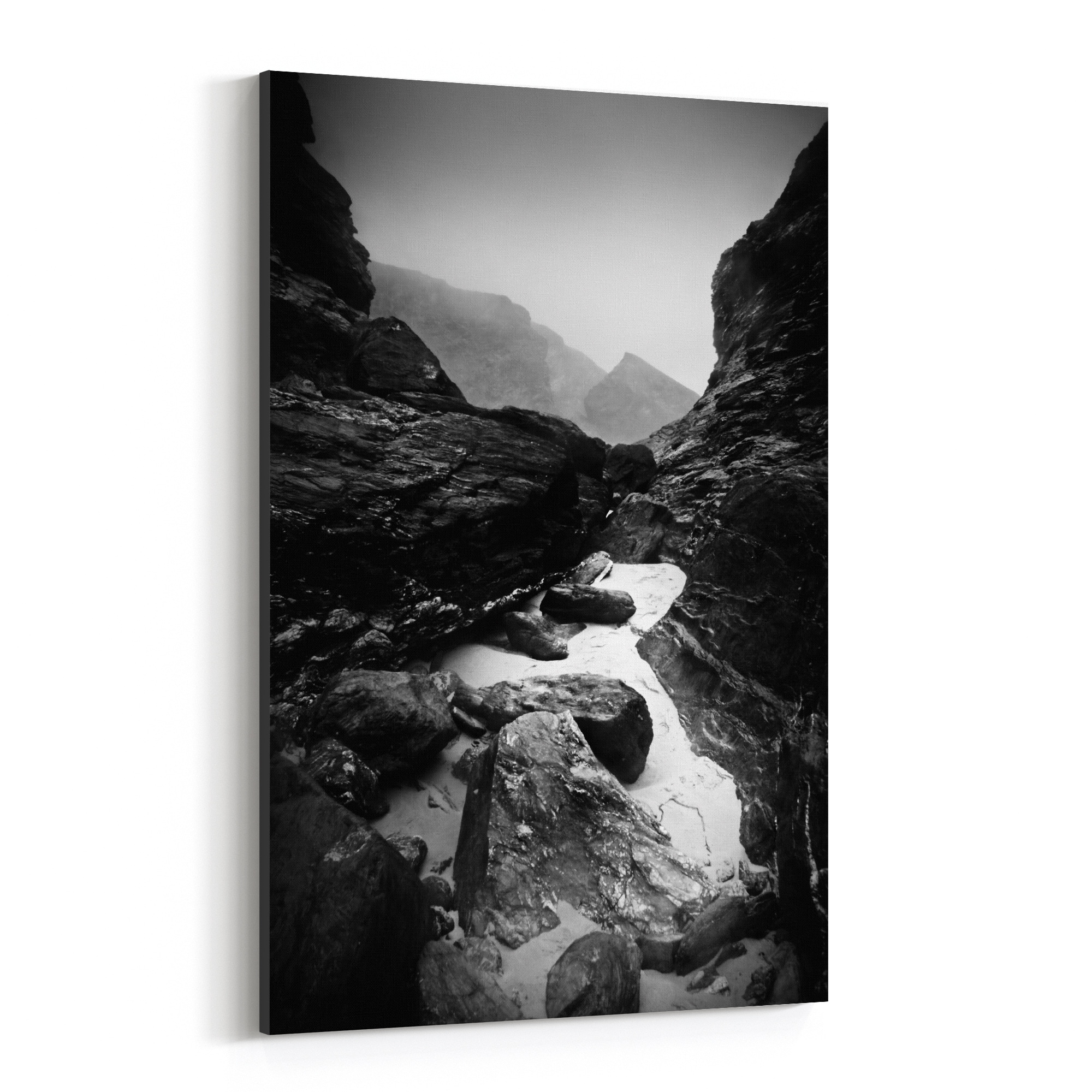 Shop Noir Gallery Rocky Beach Cornwall England Canvas Wall Art Print Overstock 28290342