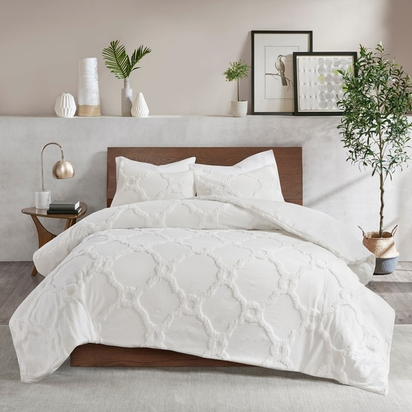 Shop Madison Park Nollie White 3 Piece Tufted Cotton