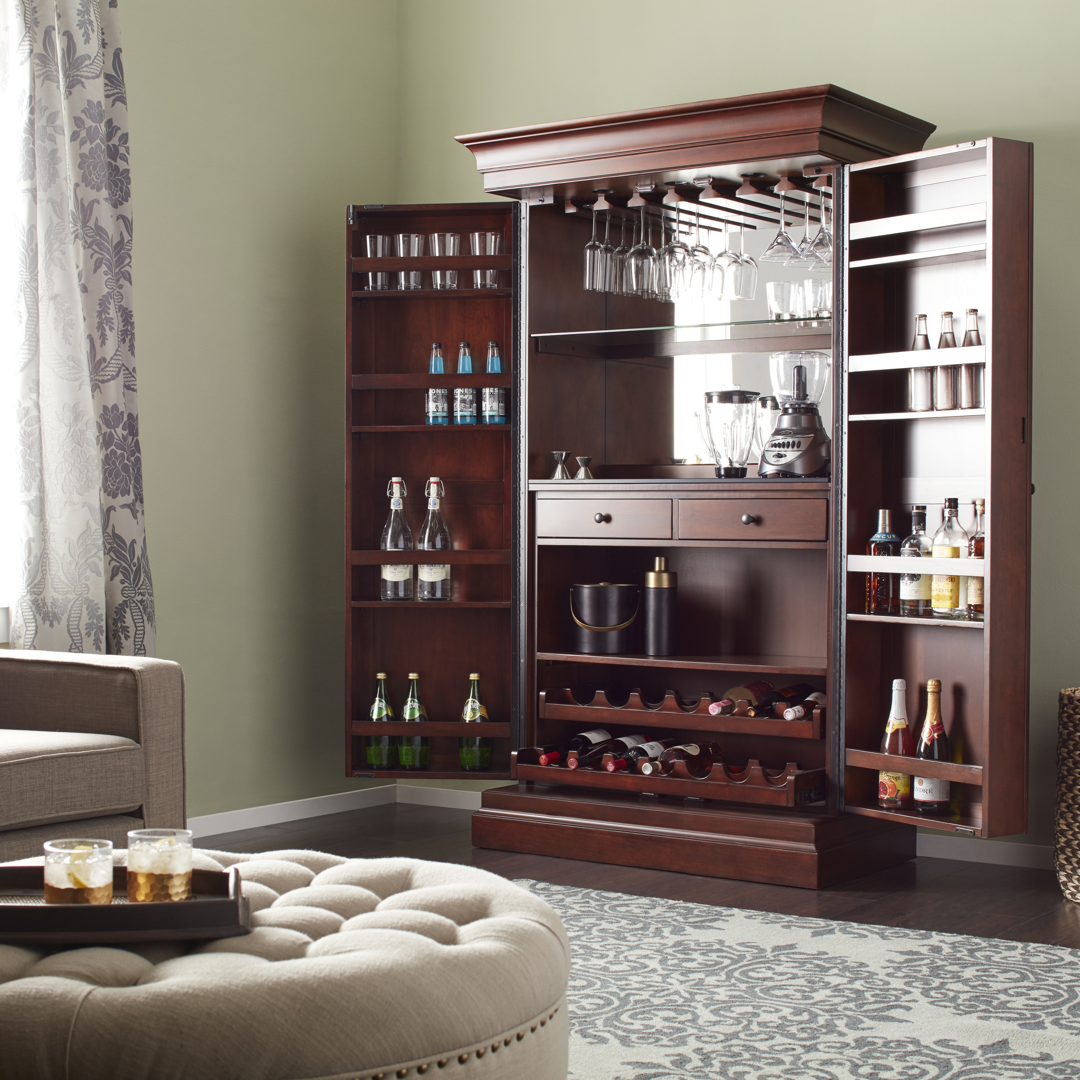Sala Set Second Hand New Traditional Cherry Ashley Heights Home Bar Wine