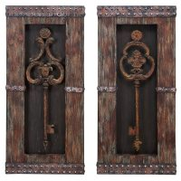 Shop Handcrafted Vintage Metal Keys 2-piece Wall Art Decor ...