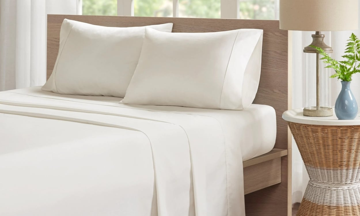 Double Bed Fitted Sheet The Complete Bed Sheet Sizes Guide Overstock