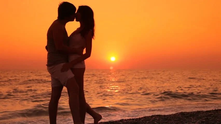 Cute Couples Holding Hands Hd Wallpapers Teen Couple Vacation On The Beach Stock Footage Video