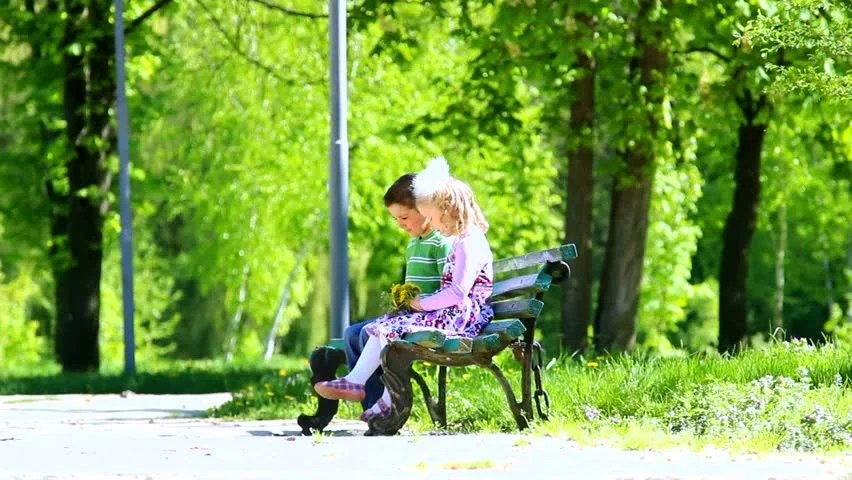 Loving Boy And Girl Hd Wallpapers Children Sitting On Bench In Green Sunny Park Boy With