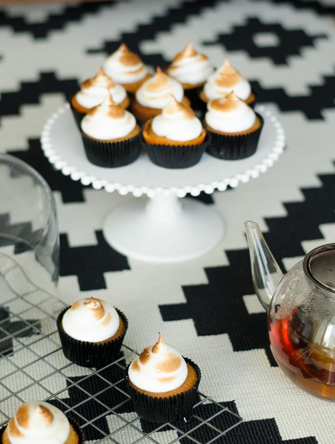 lemon meringue cupcakes-2
