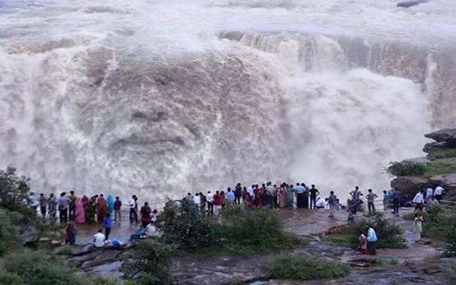 Victoria Falls Live Wallpaper Fake You Very Much 8 Times Pm Modi S Supporters Showed