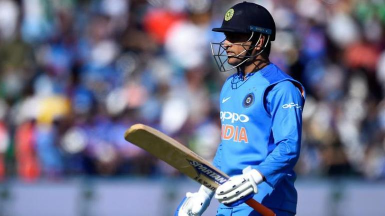 MS Dhoni fireworks in 2020 T20 World Cup? ICC's tweet is a ...