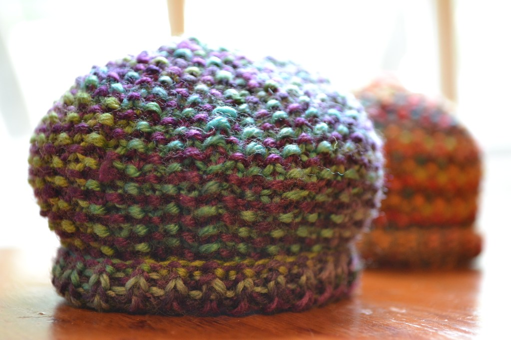 Knitting Tips By Judy Seed Stitch : Hand-Painted Preemie Hat - aknitica