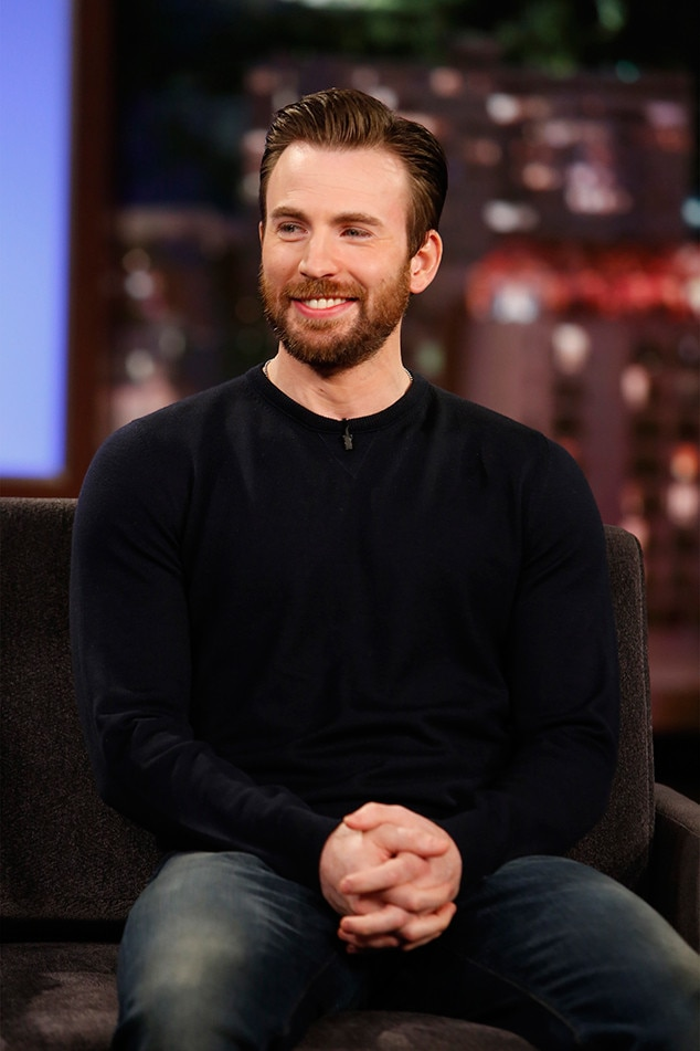 Chris Evans Doesn't Think He's Hot—and for Good Reason | E! News