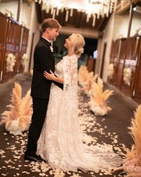Kaley Cuoco's Wedding Dress Took 400 Hours to Make: All ...