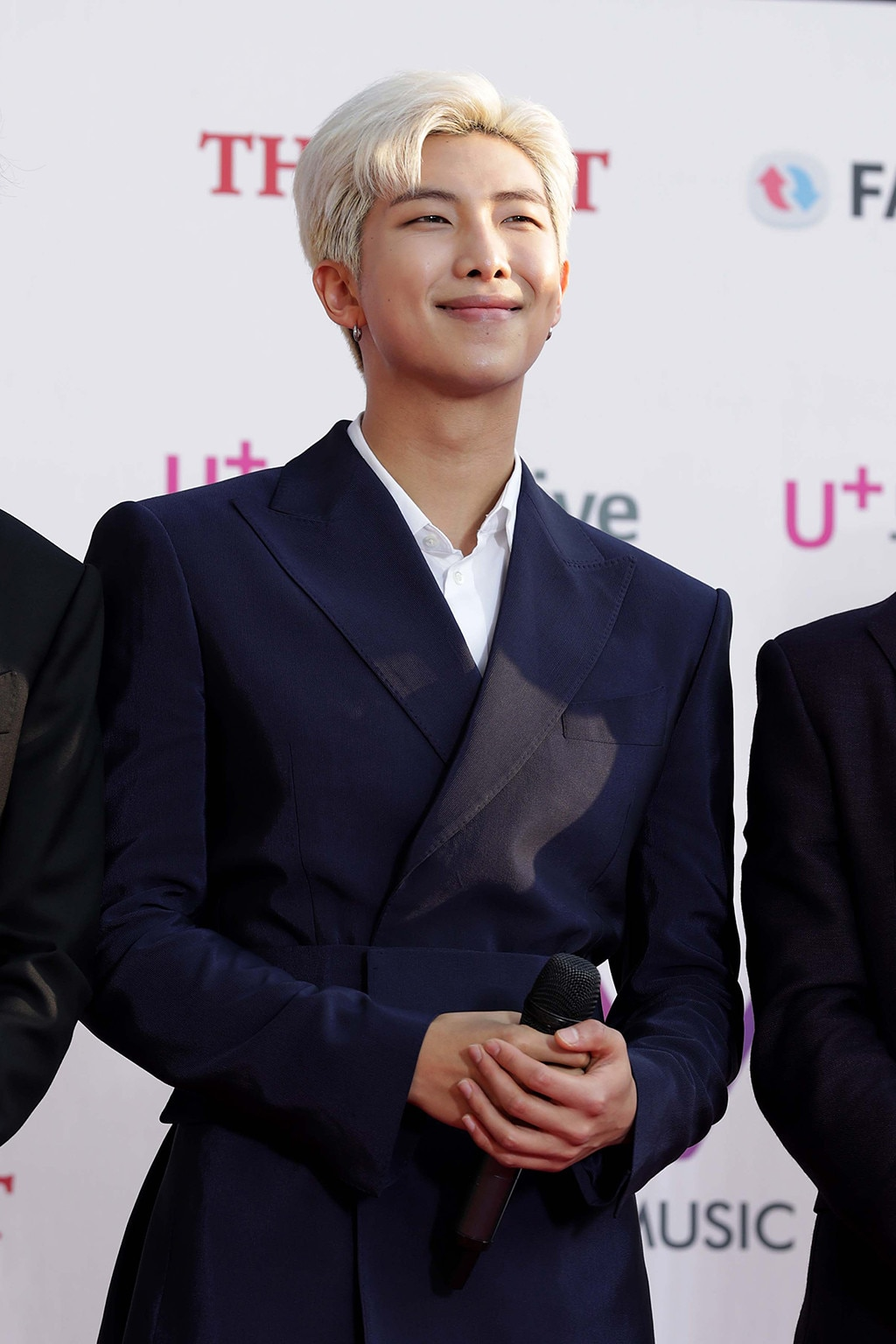 Latest Pictures Bts Rm Makes The Case For Going Dark With His Latest Beauty Look