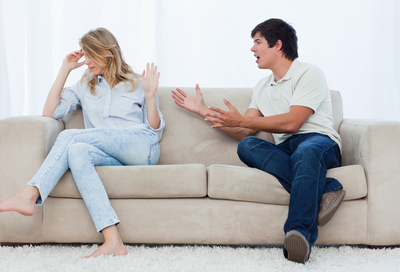 Blog-pic-couple-fighting-on-couch-5086189