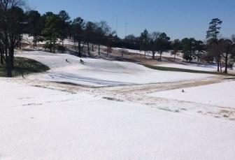 Area children enjoy a day in the snow on Saturday. (Michael Sznajderman/Alabama NewsCenter)