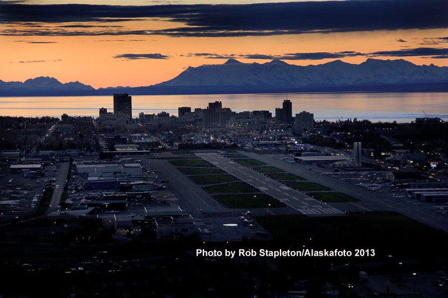 Alaska, Alaska Airports, Anchorage, Alaskan Photgraphers, Rob Stapleton photographer,