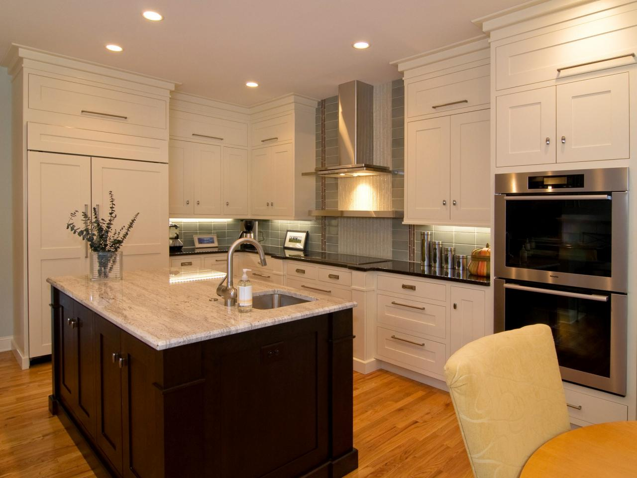Kitchen Cabinets Near Fairfield Nj Comfortable 20 Kitchens With Stylish Two Tone Cabinets
