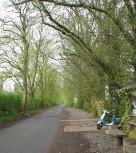 Set amongst beautiful conrtyside with a selection of walks.