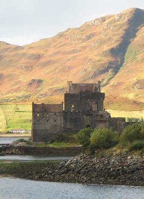 8 Eilean Donan Castle 400