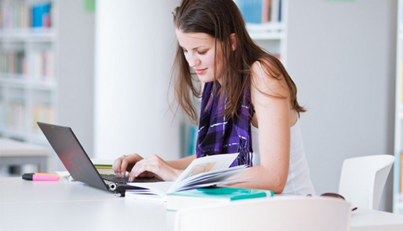 The Benefits Of Opting For Professional Essay Writing Services