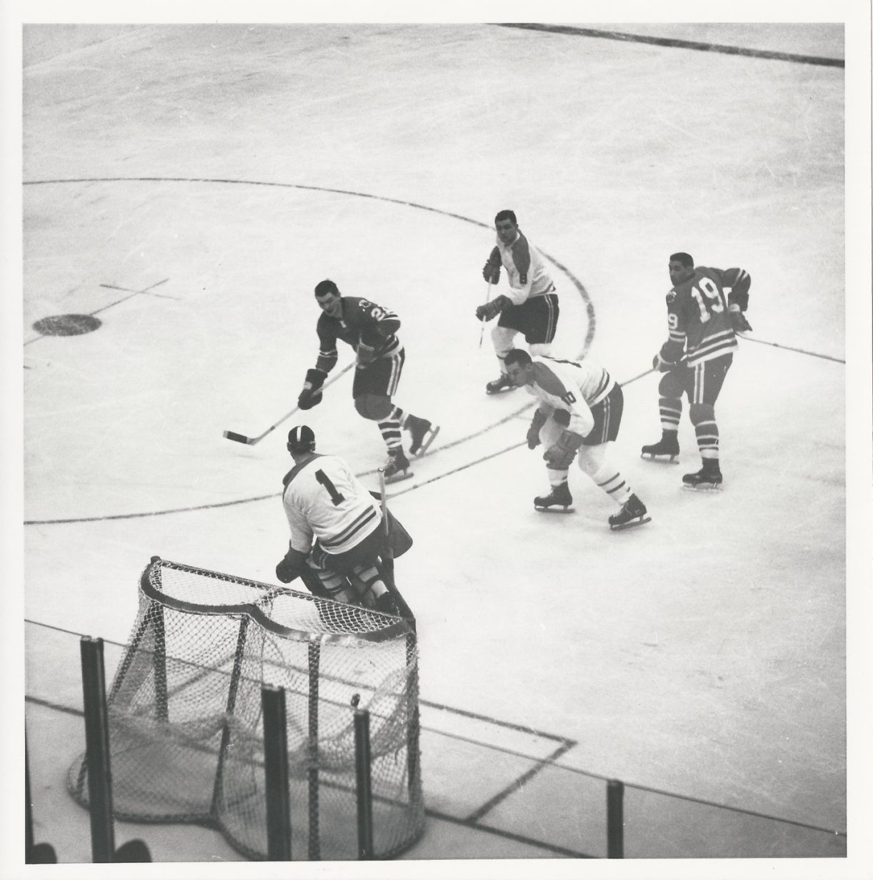 Plante Original Item Detail Stan Mikika Scores On Jacques Plante Original 1962 Photo