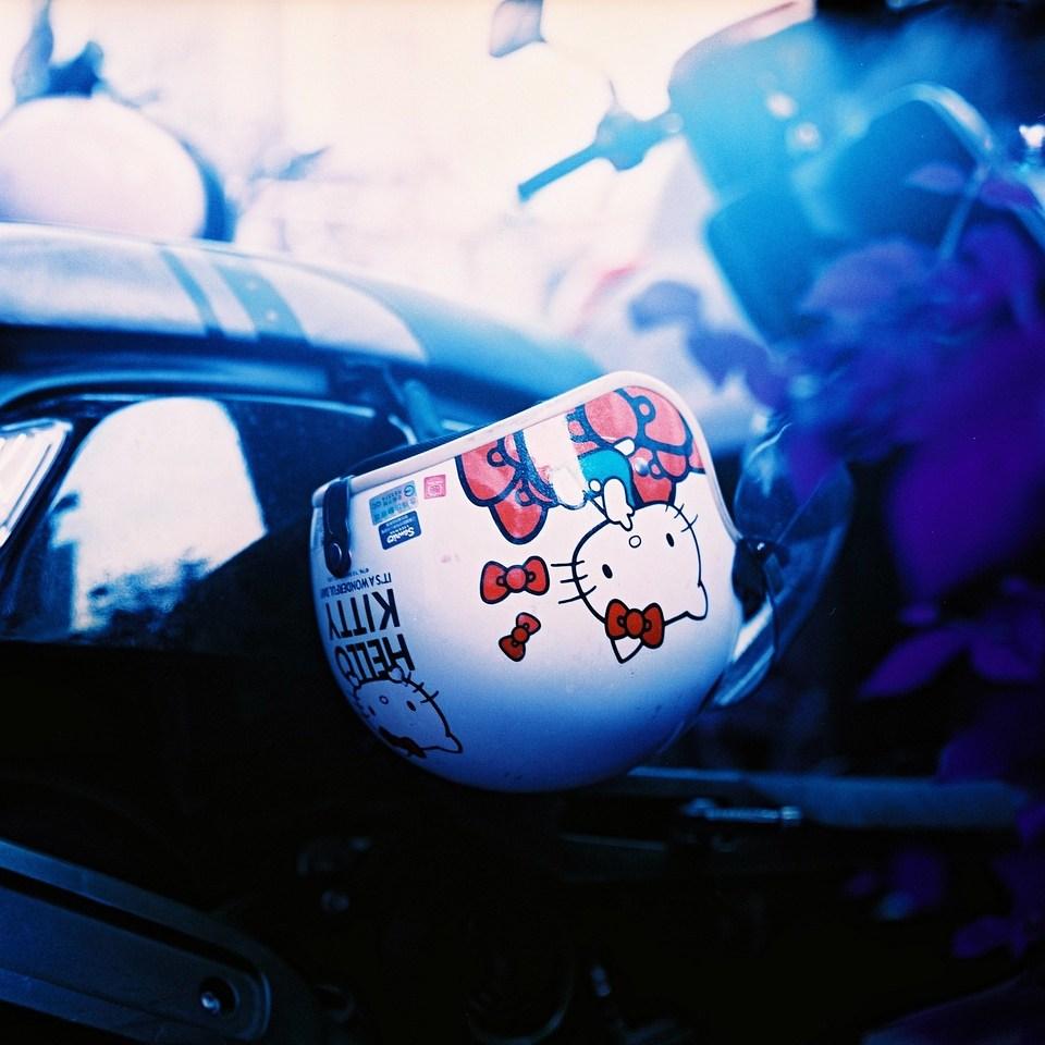 Helmet kitty - Lomochrome Purple XR100-400 shot at ISO400. Color negative film shot in 120 format as 6x6
