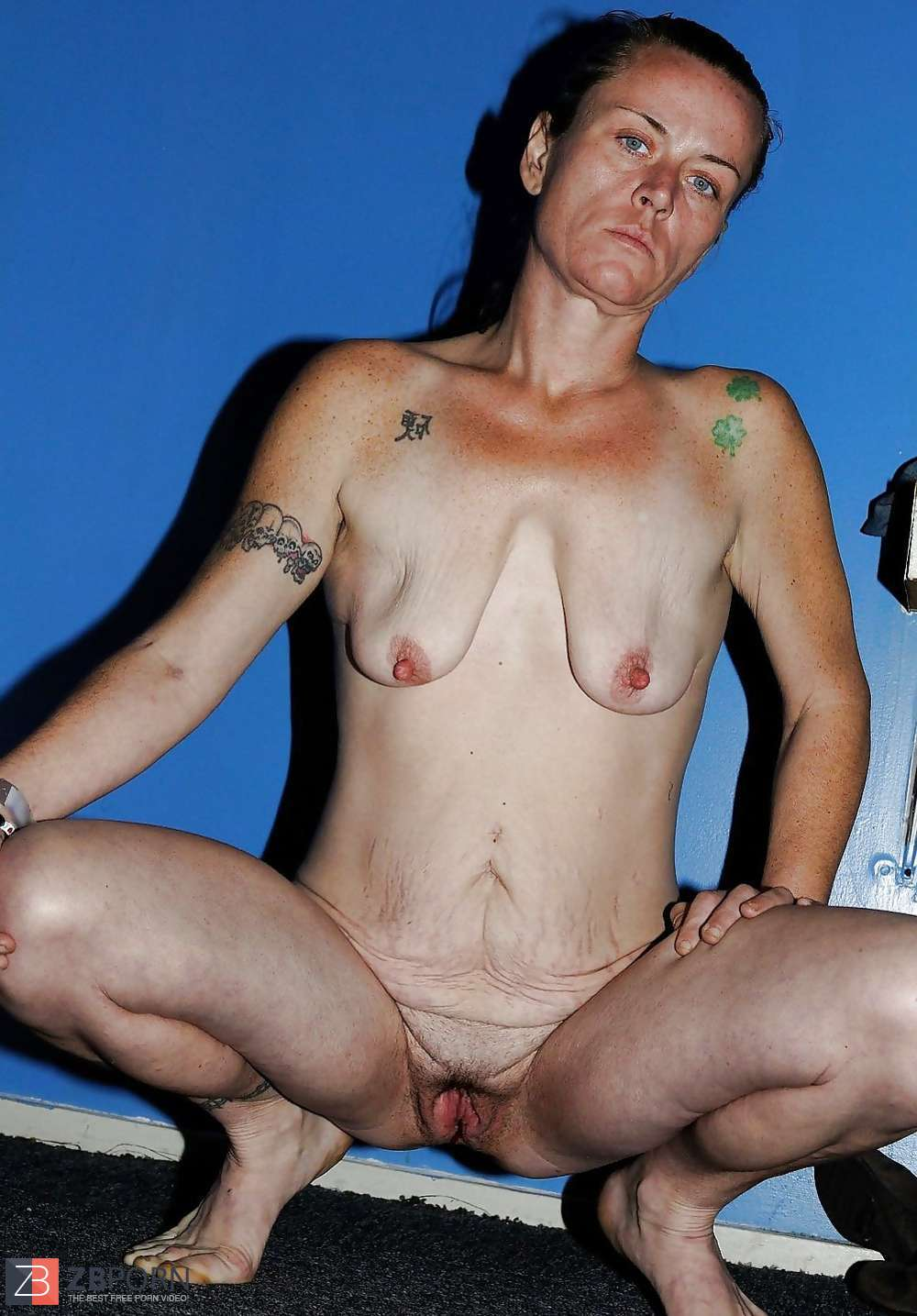 Mature saggy empty tits