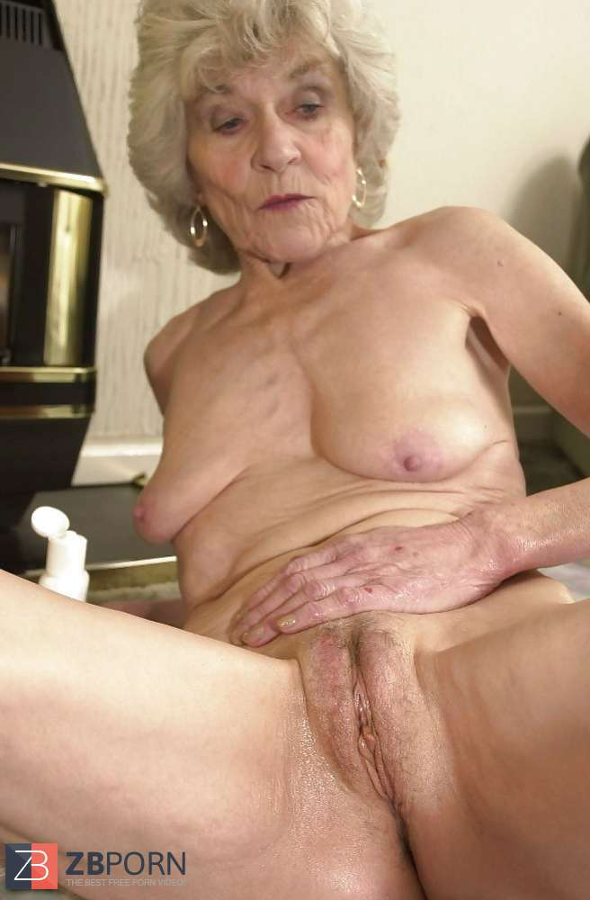 granny torrie in pantyhose
