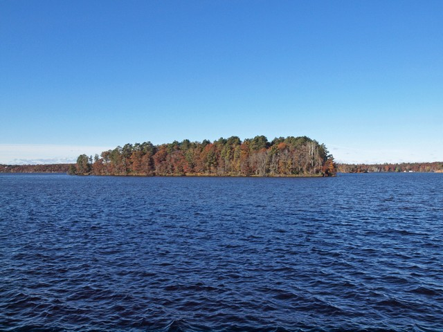 island in minong flowage
