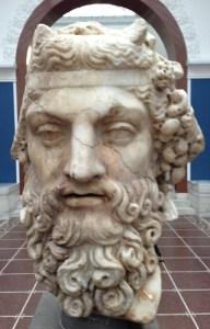 Dionysos Rom 2 årh f kr marmor