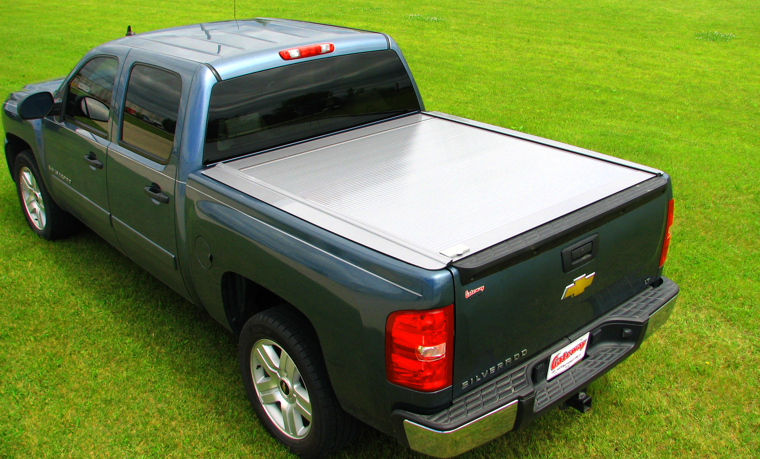 Bed Covers For Sale Pin Retrax One Silver Tonneau Cover On Sale On Pinterest