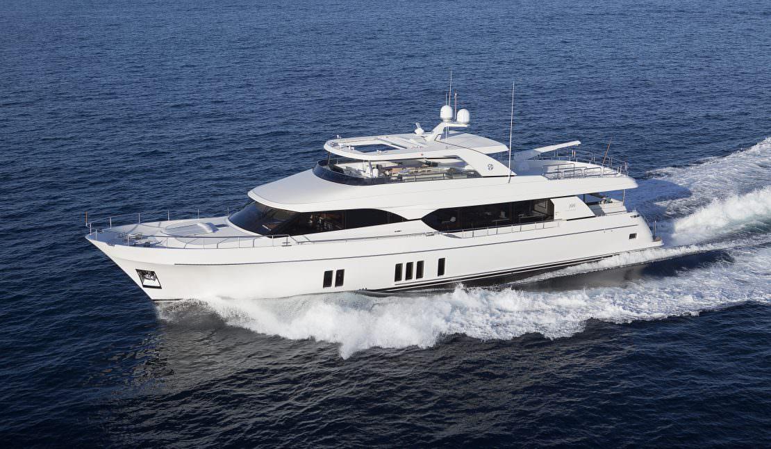 Ocean Alexander 100 Motoryacht - ALEXANDER MARINE USA™