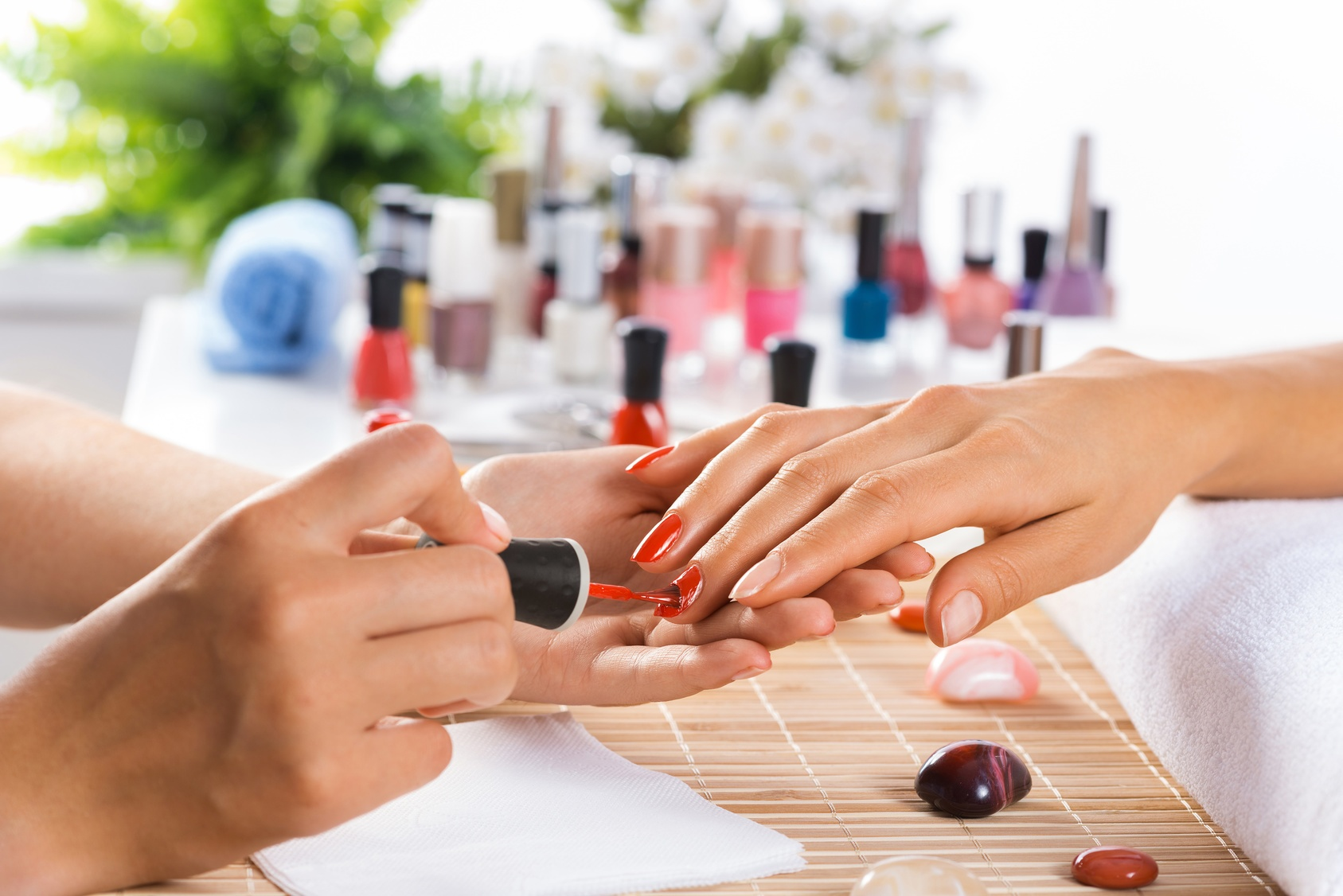 Salon Nail Art Paris Why Do You Need To Opt Only For The Best Beauty Salons
