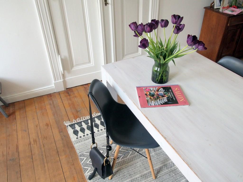 Wie Gross Sollte Teppich Unter Couchtisch Sein Moderne Wohnzimmer