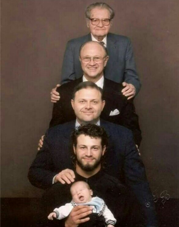 Unbelievable 5 generations photo of son, father, grandfather, great