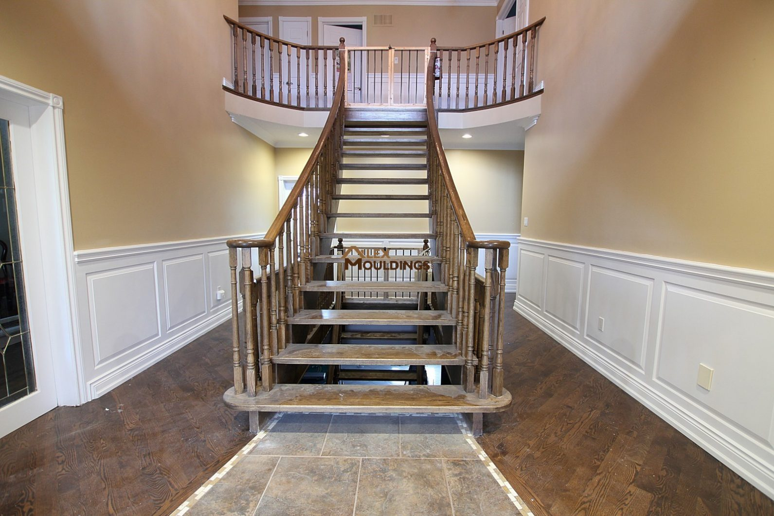 Paneled Staircase Wall Panels Wainscoting Raised Recessed Flat