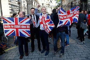 ... Но это не помогло! Итоги референдума просто ошеломляют: британцы проголосовали за выход из ЕС!