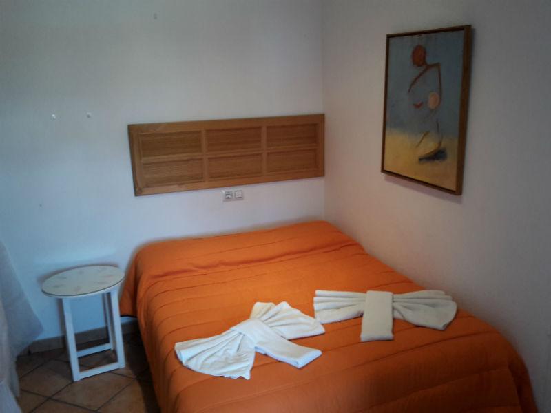 Dormitorio individual casa rural Pitillas