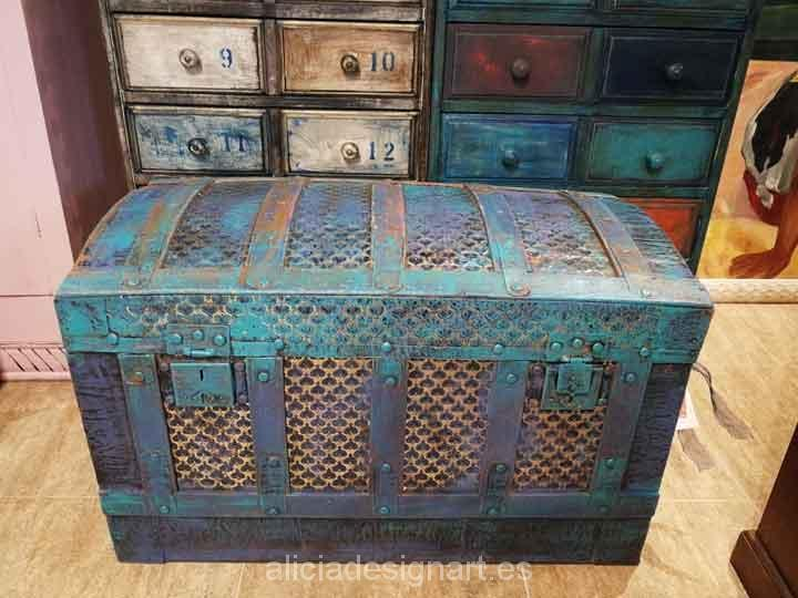 Mueble Restaurado Baúl Antiguo De Madera Y Metal Restaurado Y Decorado En
